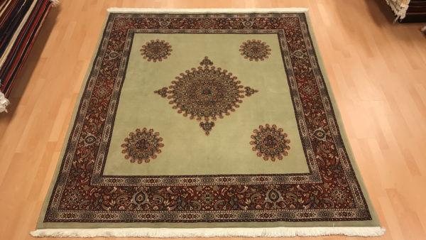 Ægte tæppe fra persien i grønne farver