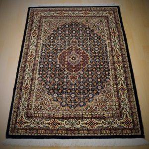 14057 Moud Sherkat 148 x 94 Kr. 5.600,-