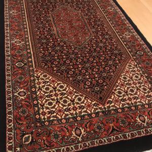 15025 Bidjar m/silke 137 x 74 Kr. 8.950,-