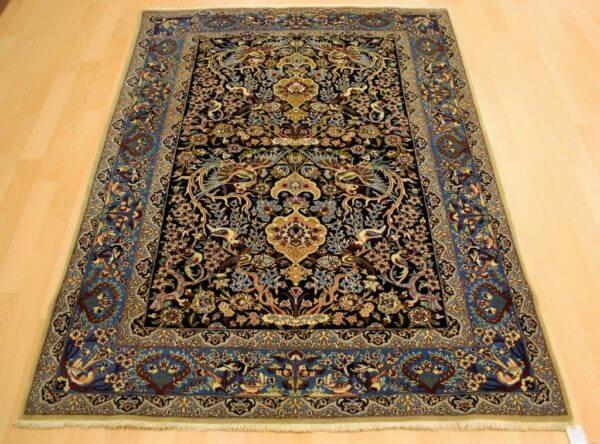 Isfahan tæppe figural