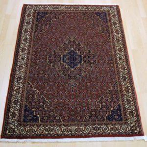 30609 Bidjar m/silke 180 x 112 Kr. 18.000,-