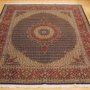 16021 Moud Sherkat m/silke 293 x 247 Kr. 45.000,-