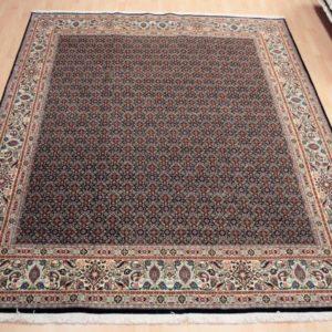 70241 Moud Sherkat m/silke 305 X 245 Kr. 44.000,-