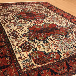 12052 Afshar Shahbabach 193 x 150 Før: 4.800,- Nu: 1.900,-