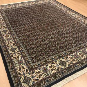 7351 Moud Sherkat m/silke 242 X 193 Kr. 22.000,-