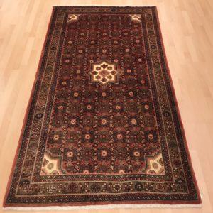 70050 Hosseinabad 216 x 125 Kr. 3.950,-