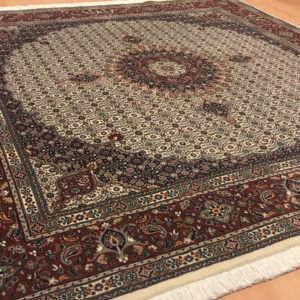11006 Moud Sherkat m/silke 200 x 198 Kr. 19.500,-