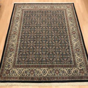 12098 Moud sherkat m/silke 246 x 196 Kr. 22.800,-
