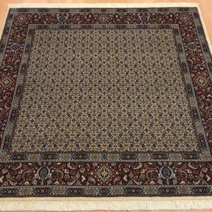 15104 Moud Sherkat m/silke 209 x 201 Kr. 17.900,-