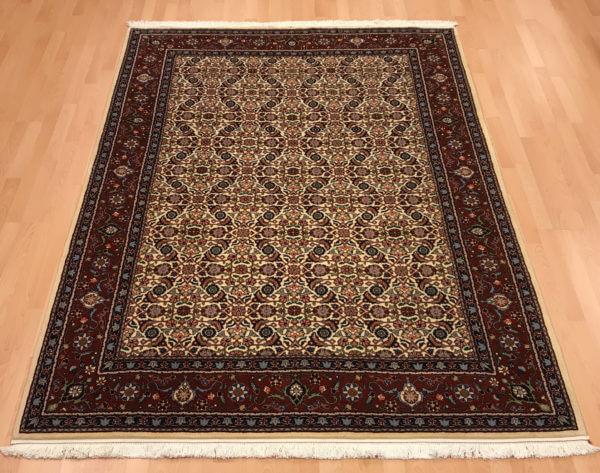 Lyst moud tæppe persisk tæppe