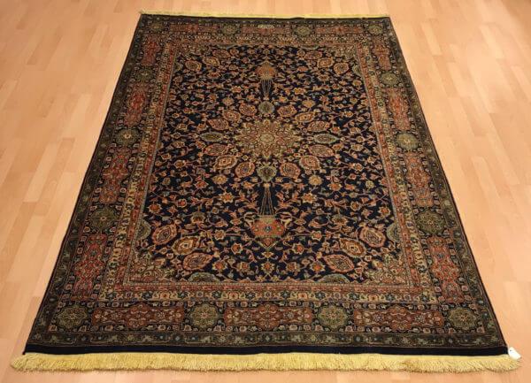 Gammel persisk ægte tæppe fra Tabriz