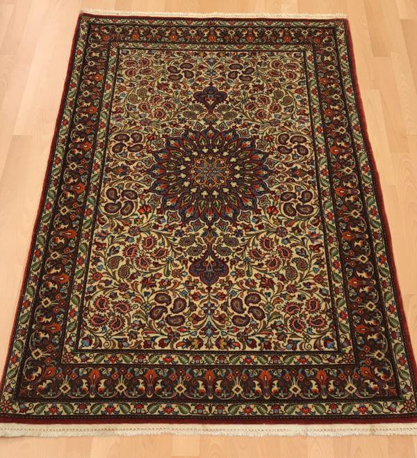 Ghom tæppe i flot kvalitet