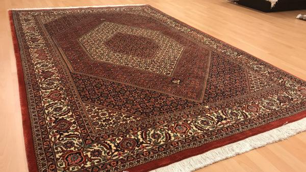 Ægte tæppe fra Bidjar i Iran
