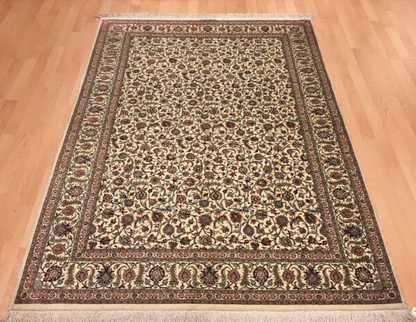 Persisk hel silketæppe fra Iran